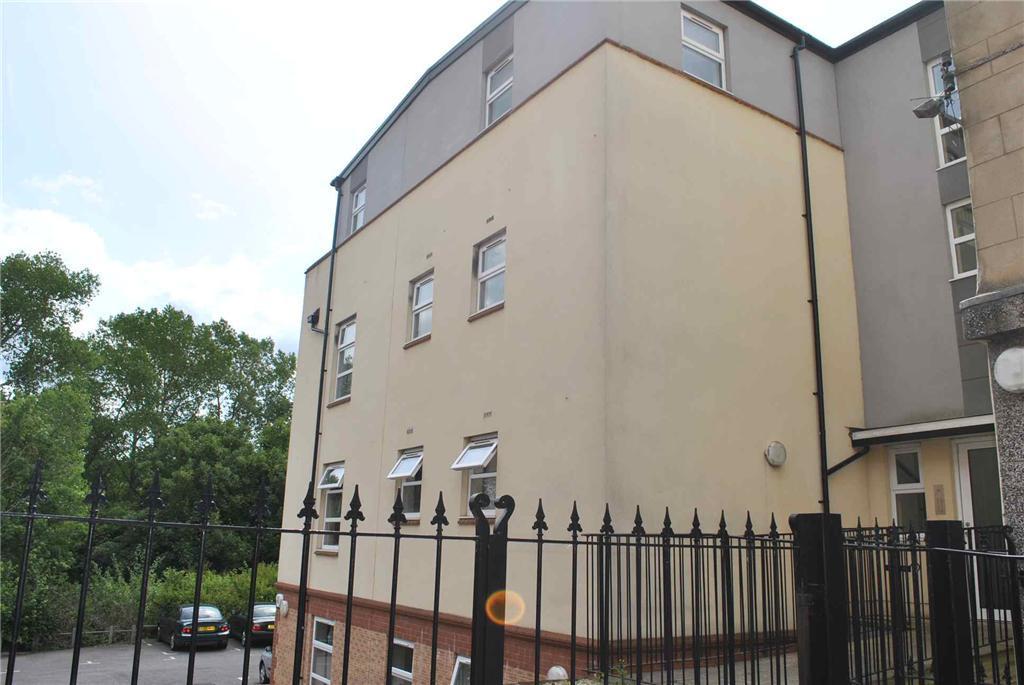studio flat for sale in mulberry court brislington 213. Black Bedroom Furniture Sets. Home Design Ideas