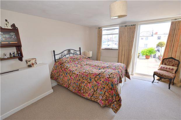 Bedroom to 2nd terrace