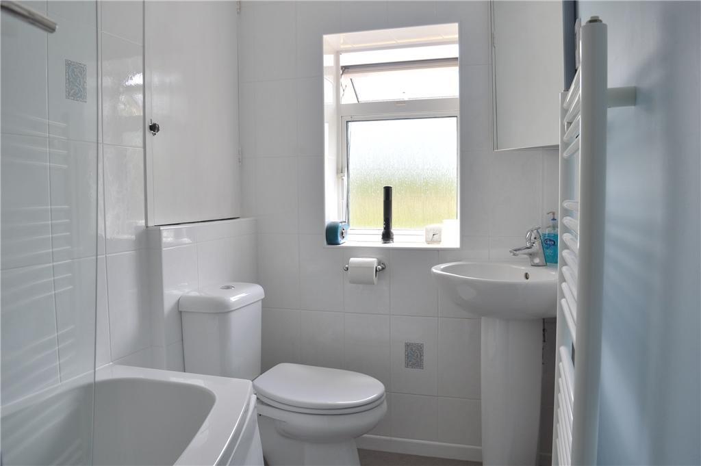 Bathroom ( upstairs )