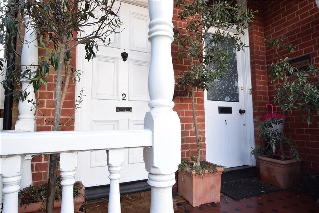 Independent front door