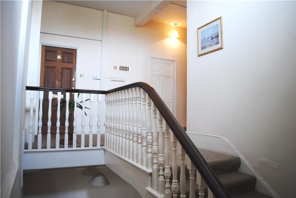 ommunal hallway