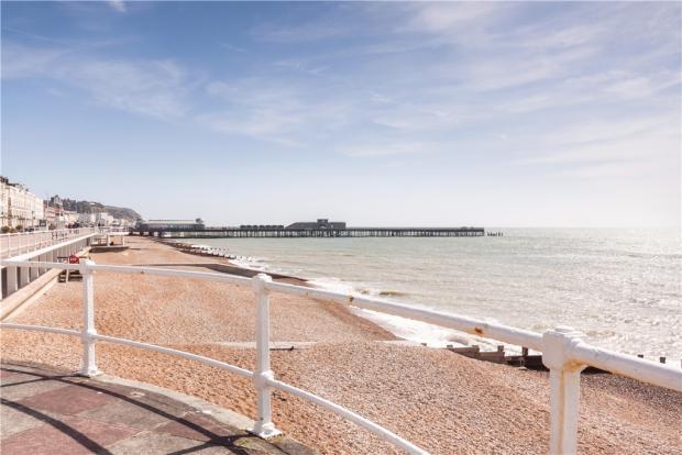beach & regenerated Pier