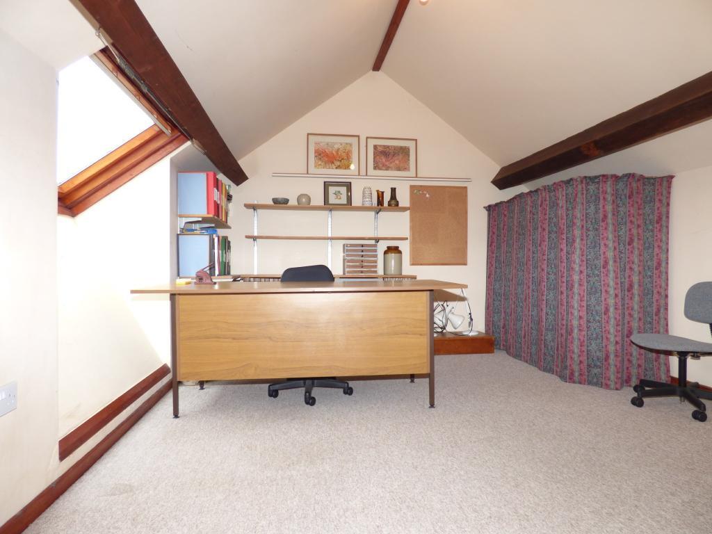 Attic/Bedroom 4