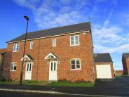 3 bed semi detached house to rent in Brookfield...