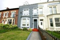 Maisonette to rent in Edwards Road, Whitley Bay