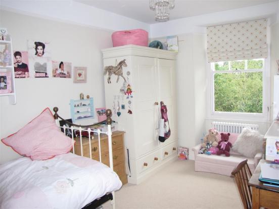 7119 Bedroom 4.JPG