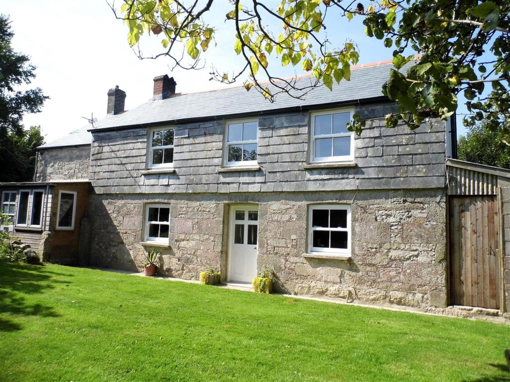 5 Bedroom Farm House For Sale In Summercourt Newquay Tr8