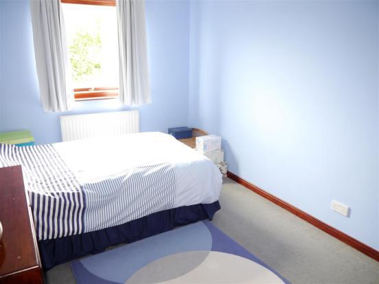 heron bedroom 2.JPG