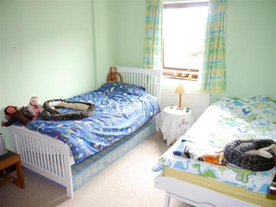 heron bedroom 3.JPG