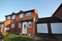 3 bed semi detached property for sale in Flitwick