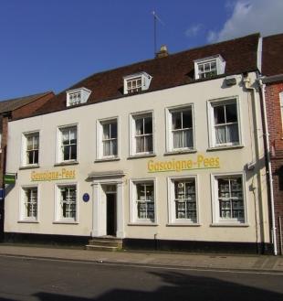 Gascoigne-Pees, Altonbranch details