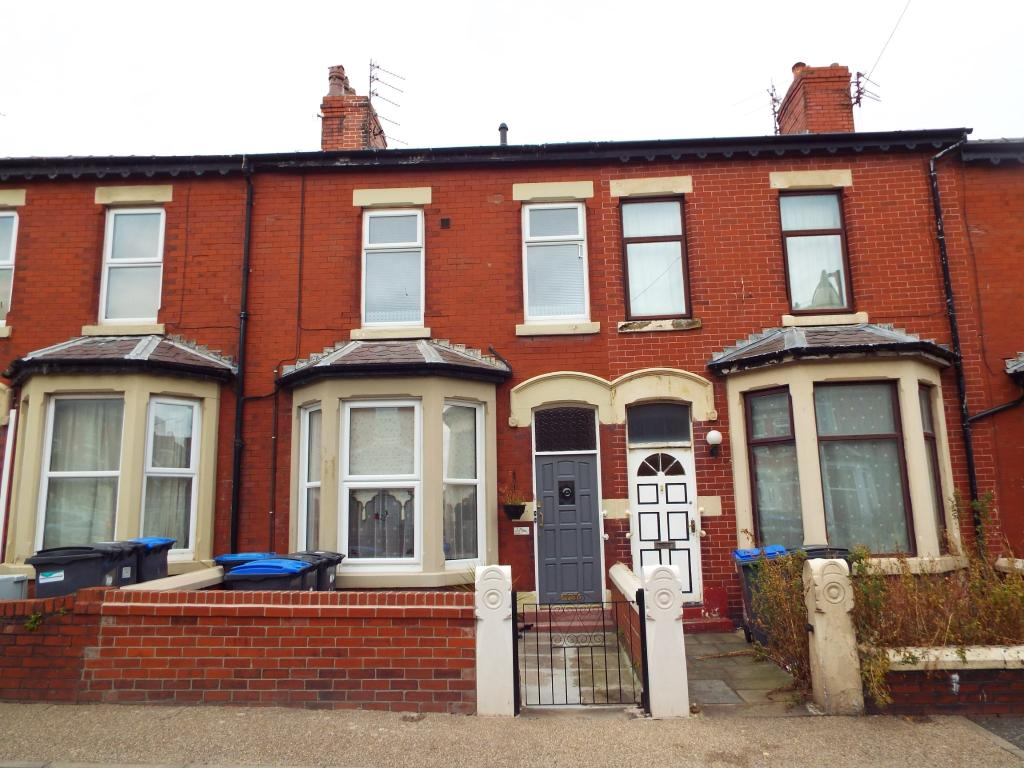 3 Bedroom Terraced House For Sale In Cambridge Road Blackpool Lancashire Fy1