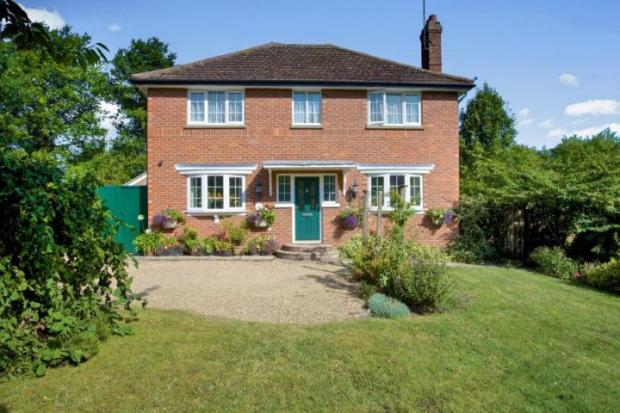 3 Bedroom Detached House For Sale In Church Lane Papworth Everard Cambridge Cambridgeshire Cb23