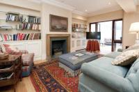 Flat for sale in Carlton Lodge...
