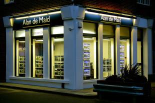 Alan de Maid, Chislehurstbranch details
