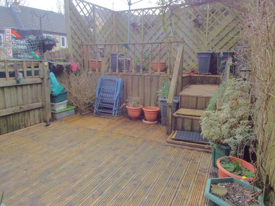 Rear Decked Garden