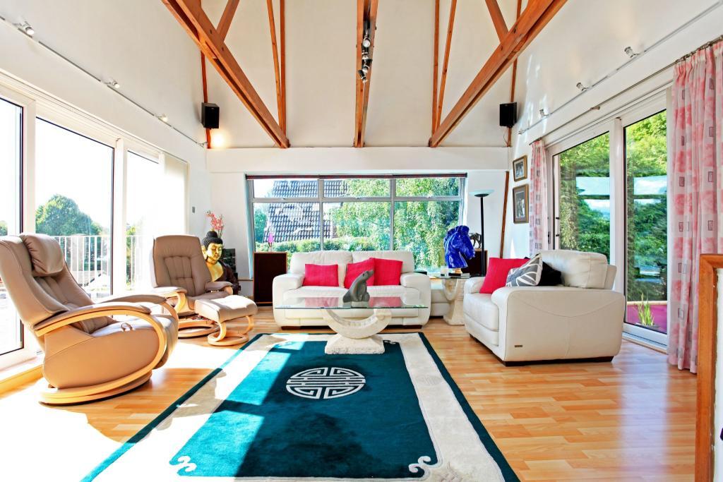 Living Room - Revers