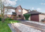 3 bed Detached home for sale in Foxfields Drive, Oakwood...