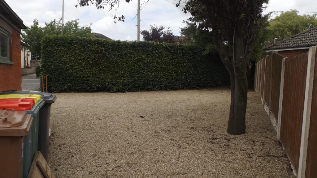 Side Driveway Parkin