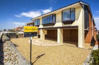 5 bedroom Detached house in Southwood Road...