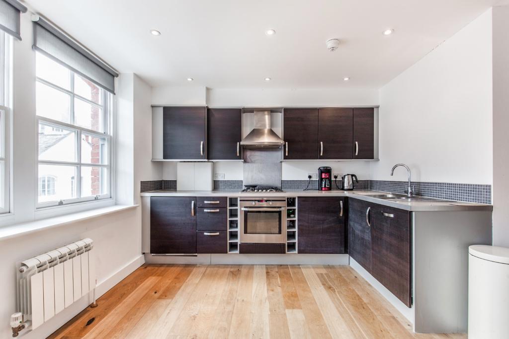 Lounge/Kitchen