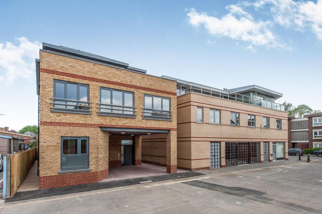 3 Bedroom House For Sale In Kingston Upon Thames Surrey England Kt1