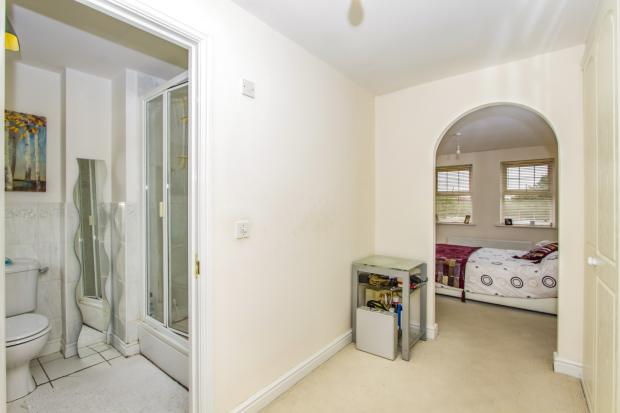 Bedroom/ En-suite Vi