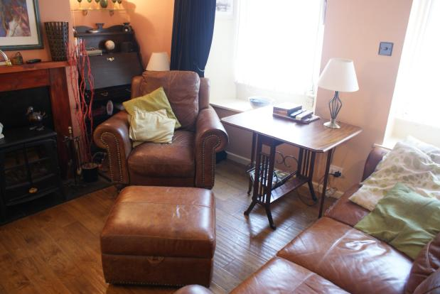 Lounge / Sitting Roo