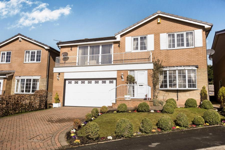 5 bedroom detached house for sale in apsley fold