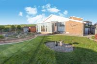 2 bedroom Bungalow for sale in Penarth, Looe, Cornwall