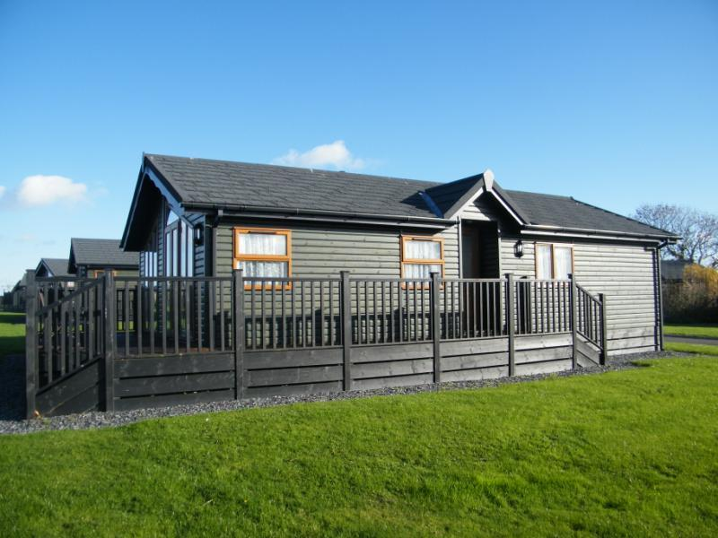 3 Bedroom Mobile Home For Sale In Killigarth Manor Looe Cornwall Pl13
