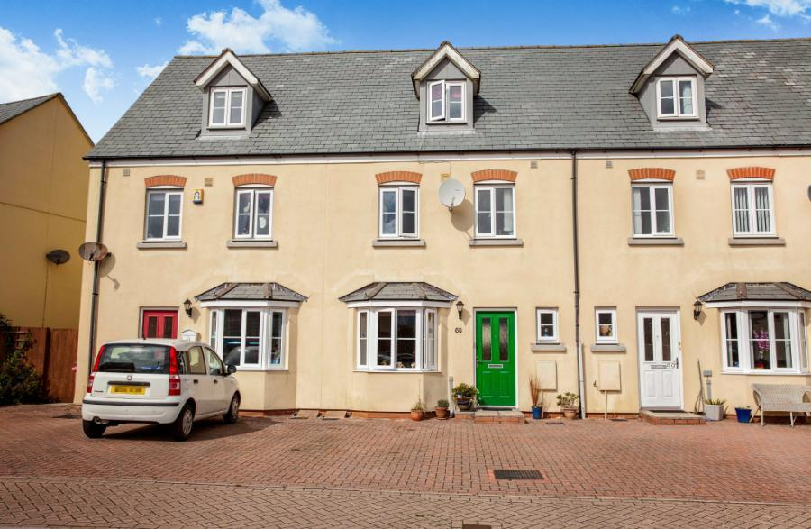 4 bedroom terraced house for sale in the hurlings st for Whats a terraced house
