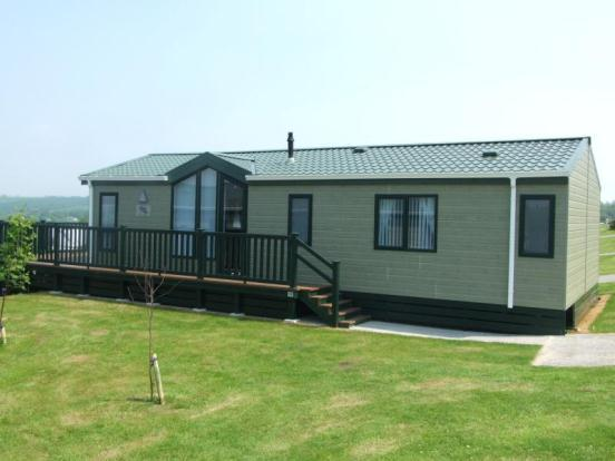 3 Bedroom Mobile Home For Sale In White Acres Holiday Park Newquay Cornwall Tr8