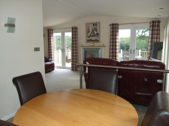 Dining Area Into Lou