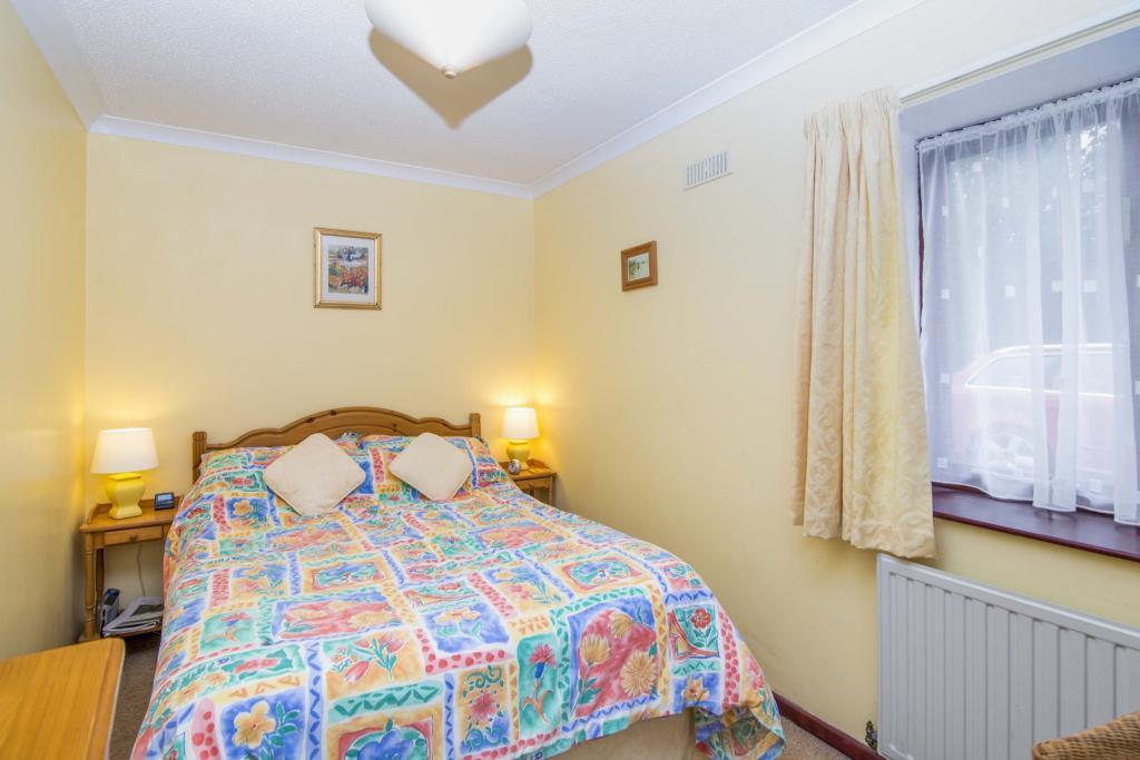 Annexe - Bedroom Two