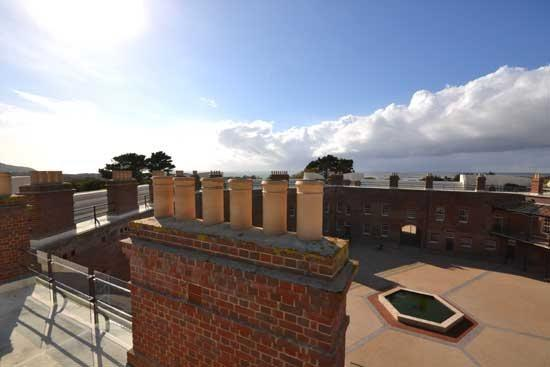 view of Courtyard from roof