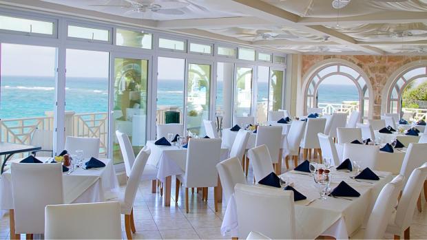 L'Azure Restaurant