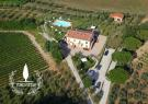 12 bed Country House for sale in Tuscany, Siena...