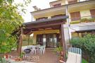 4 bedroom semi detached home in Chianciano Terme, Siena...
