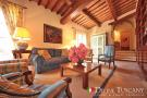 6 bed semi detached property for sale in Follonica, Grosseto...