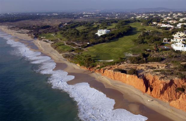Beach in Vale Lobo