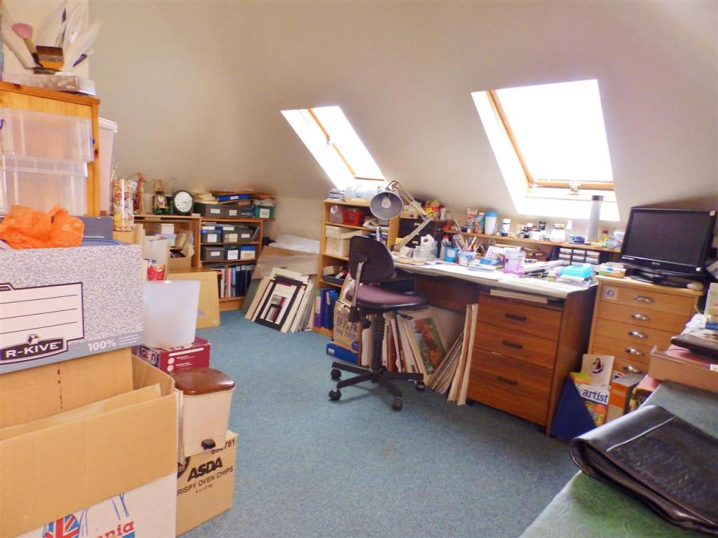 Bedroom 4/Work Room