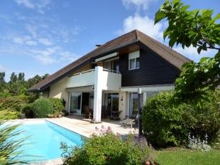 Aquitaine home