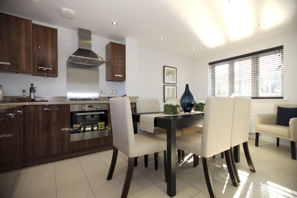 Typical Dartmouth fitted kitchen with a family dining area