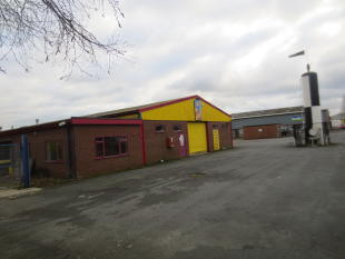 property to rent in Unit A M045 Mile Oak Industrial Estate, Maesbury Road, Oswestry, Shropshire, SY10
