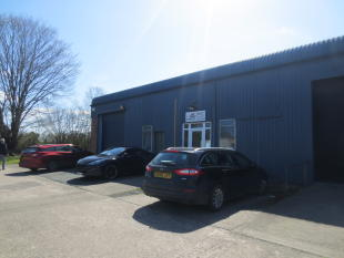 property to rent in M019 & M020, Mile Oak Industrial Estate, Maesbury Road, Oswestry, Shropshire, SY10