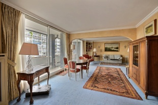 2 bedroom Apartment for sale in Paris-Isle of France...