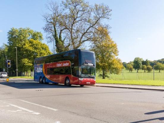 Oxford London Bus tu