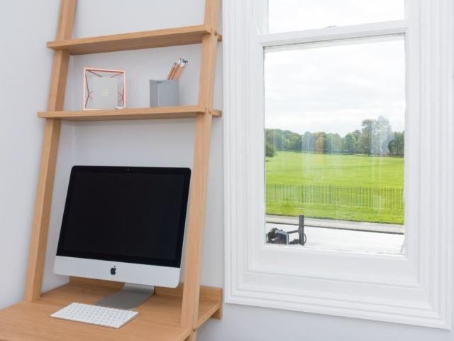 Apply iMac and Views
