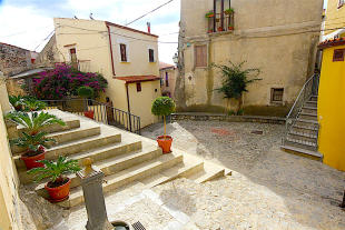 2 bedroom Ground Flat for sale in Scalea, Cosenza, Calabria